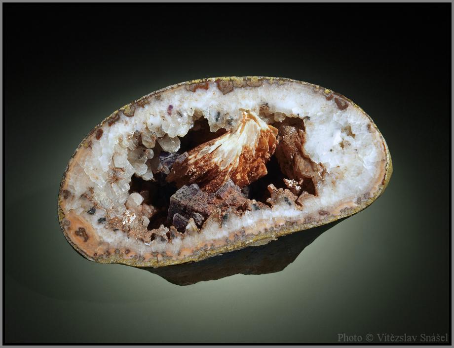 Kalcit, Baryt, Fluorit